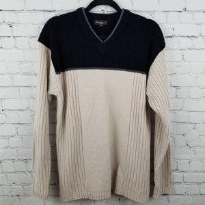 WHISPERING SMITH   v-neck ribbed chenille sweater
